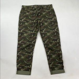 GAP Broken-In Straight Camo Pants